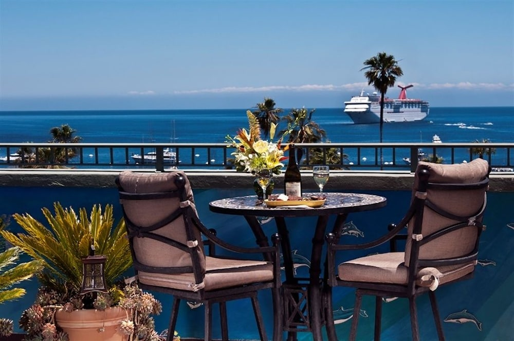 Terrace/Patio, The Avalon Hotel on Catalina Island