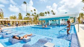 3 piscinas externas