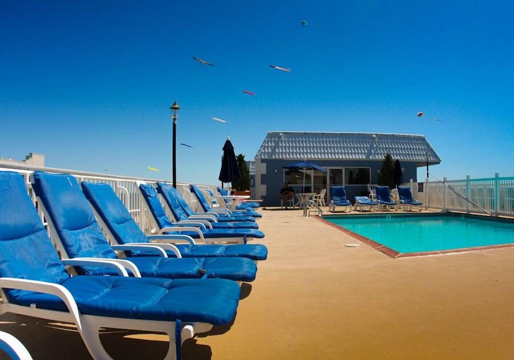 Tidelands caribbean hotel and suites ocean city etats for Hotel nice piscine sur le toit