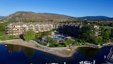 The Cove Lakeside Resort - West Kelowna Hotels