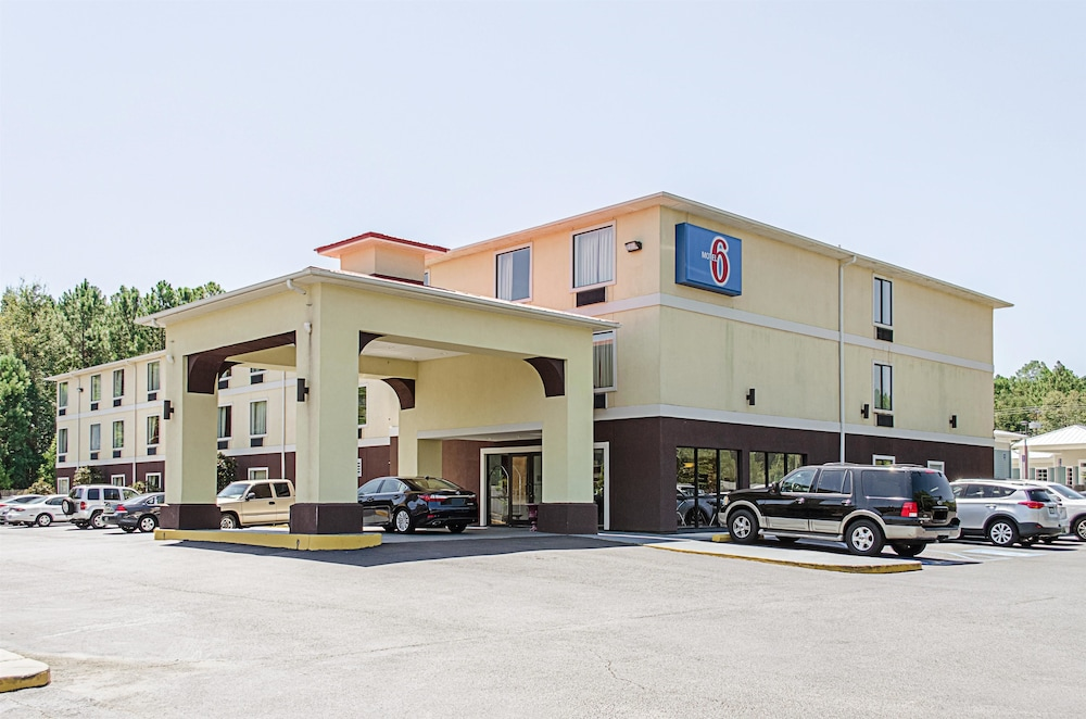 Motel 6 Biloxi Ms Ocean Springs In Biloxi Hotel Rates
