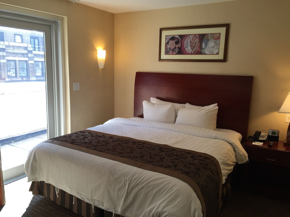 Wingate by wyndham manhattan midtown reviews photos for The wingate