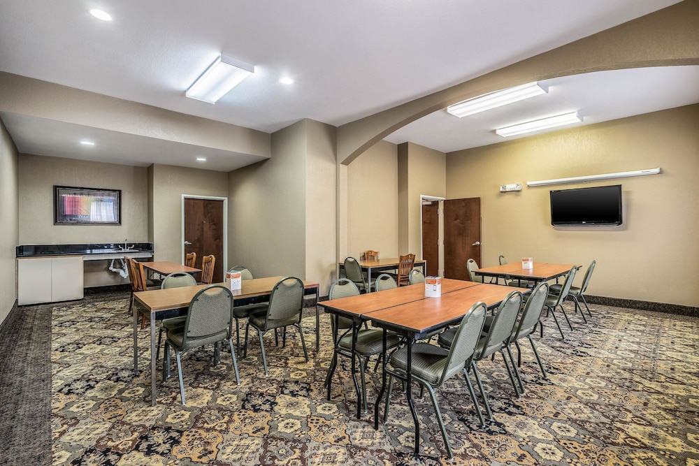 Meeting Facility, Comfort Suites Near Texas State University
