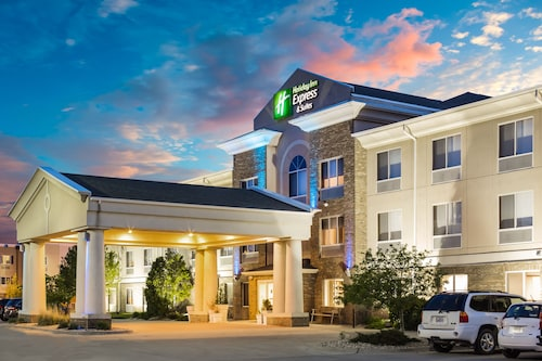 Great Place to stay Holiday Inn Express & Suites Bellevue near Bellevue