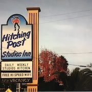 Hitching Post Studios Inn