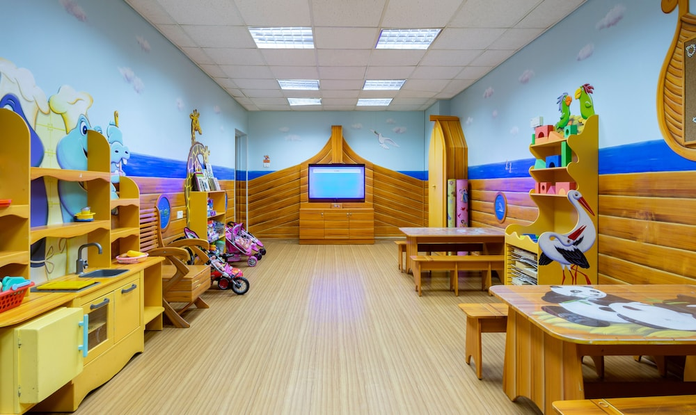 Children's Play Area - Indoor, Isrotel Dead Sea