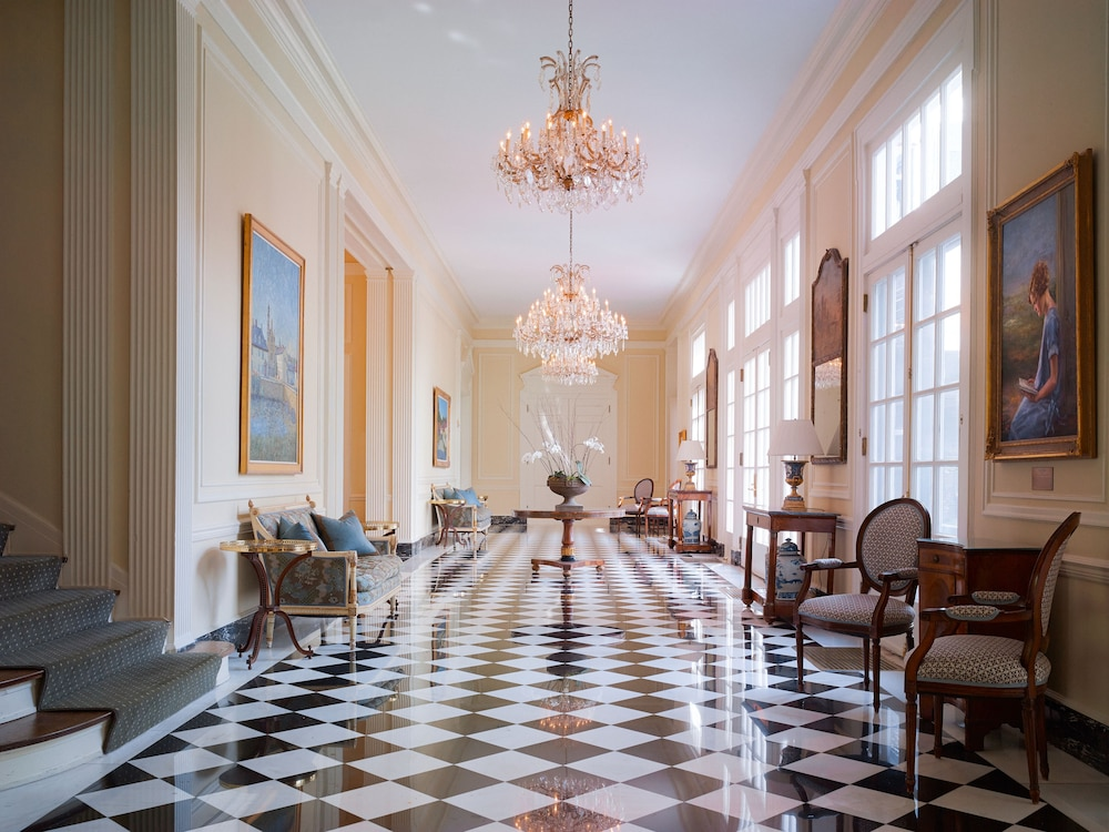 Lobby, The Duke Mansion