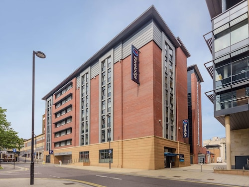 Travelodge Sheffield Central