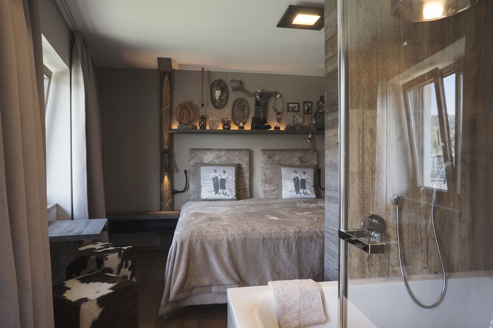 Boutique hotel tr umerei 8 auracher l chl reviews for Design boutique hotels in austria
