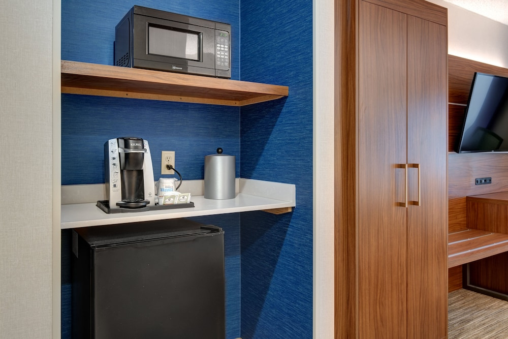 Room Amenity, Holiday Inn Express Hotel & Suites West Long Branch, an IHG Hotel