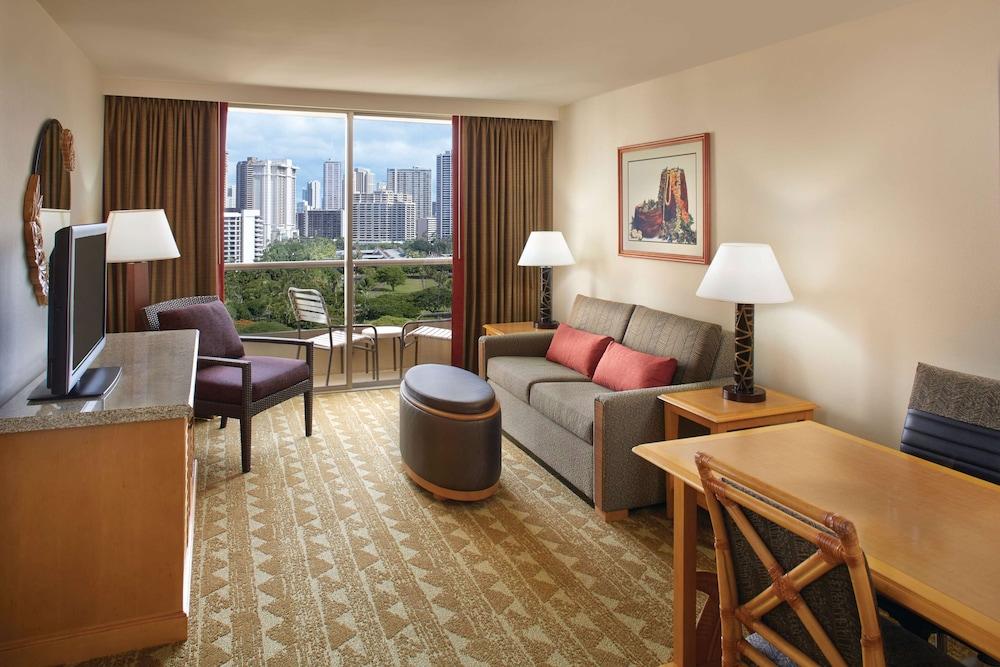 Embassy Suites By Hilton Waikiki Beach Walk Honolulu Usa