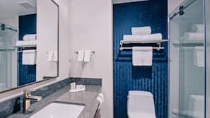 Shower, free toiletries, hair dryer, towels