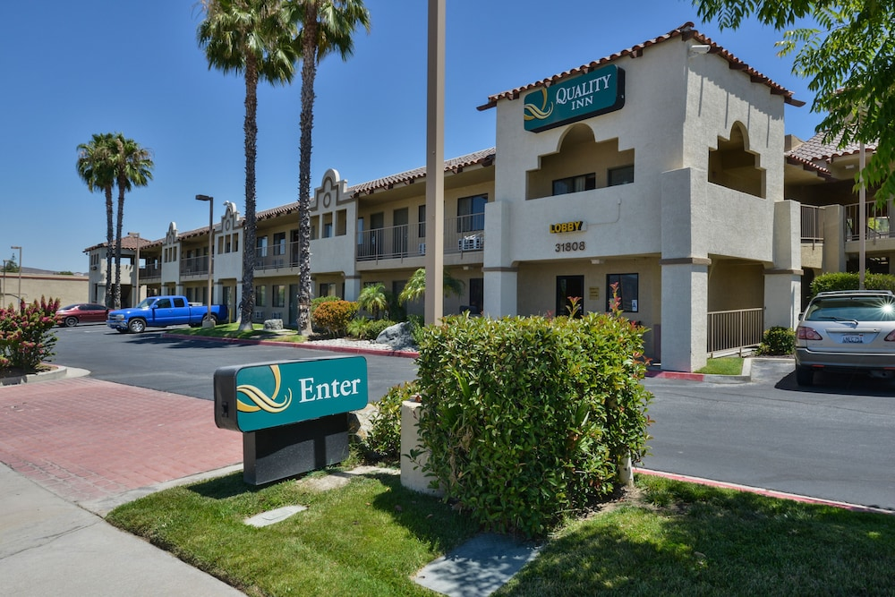 Front of Property, Quality Inn Lake Elsinore I-15