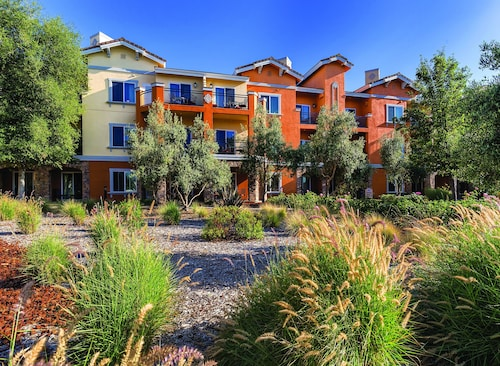 Vino Bello Resort & Hotels Near Trinitas Cellars Napa - Top 10 Hotels by Trinitas ...