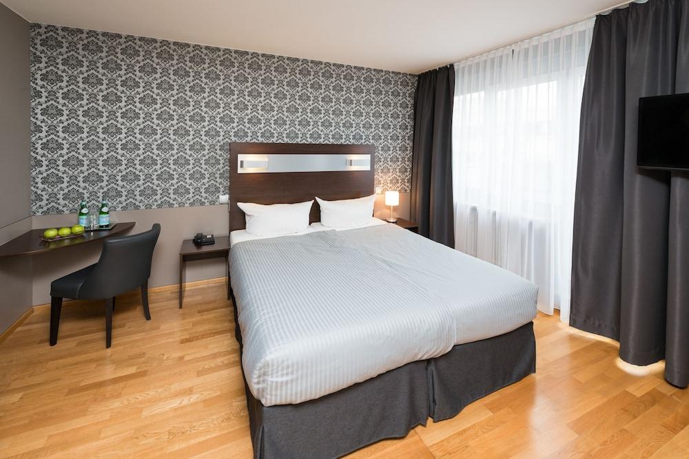 hotel munich inn design hotel m nchen hotelbewertungen 2019. Black Bedroom Furniture Sets. Home Design Ideas