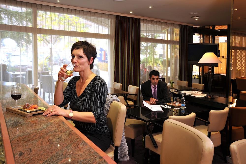 Hotel des bains de saillon saillon su a for Hotel des bains de saillon