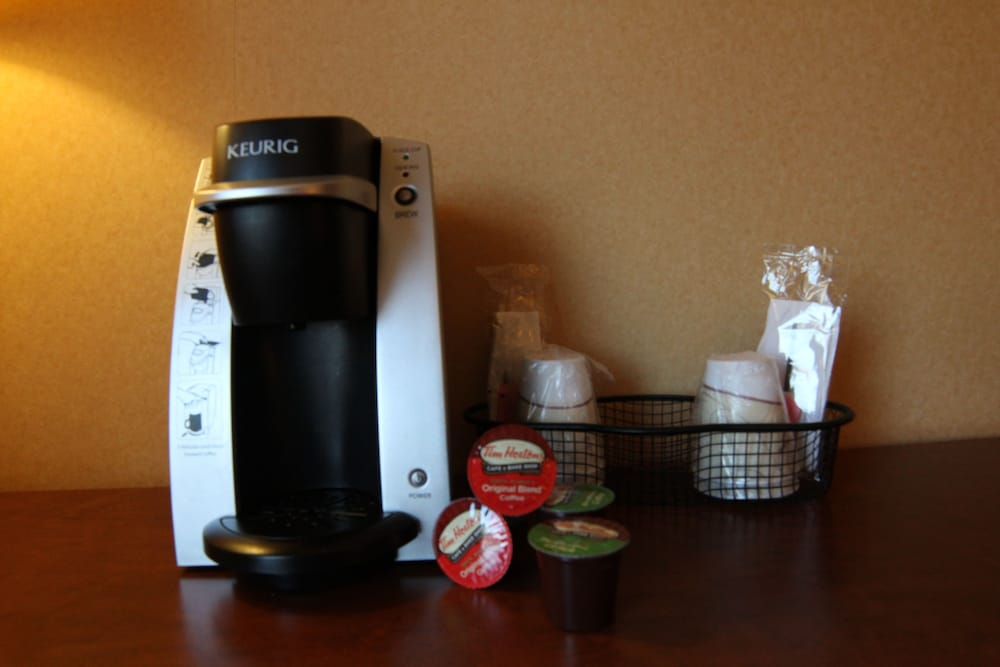 Coffee and/or Coffee Maker, C'mon Inn Hotel & Suites