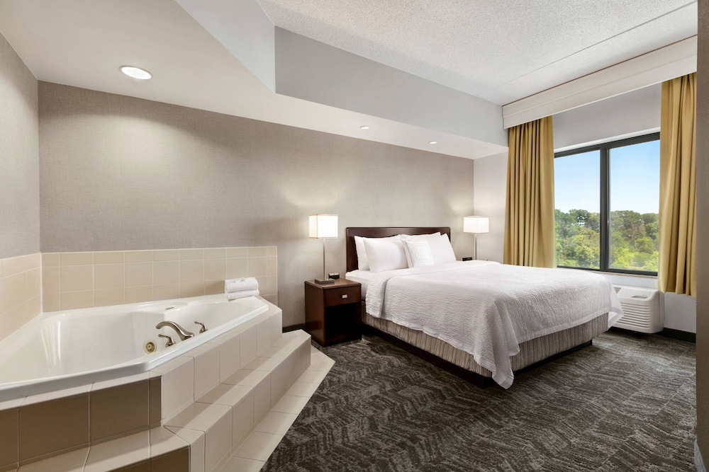Room, SpringHill Suites by Marriott Dulles Airport