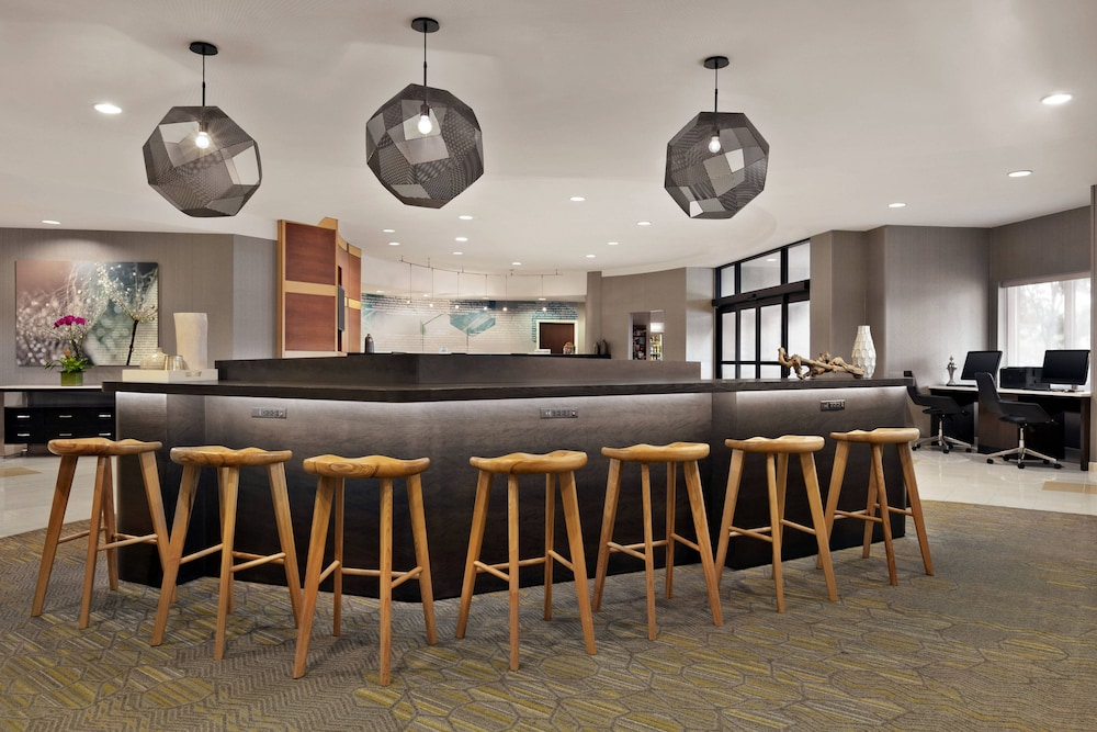 Lobby, SpringHill Suites by Marriott Dulles Airport