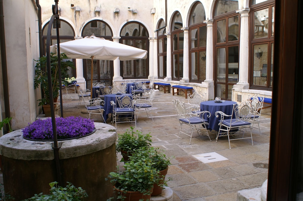 Outdoor Banquet Area, Bauer Palladio Hotel & Spa