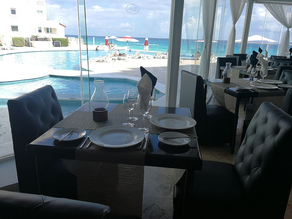 Restaurant, Bel Air Collection Resort & Spa Cancun
