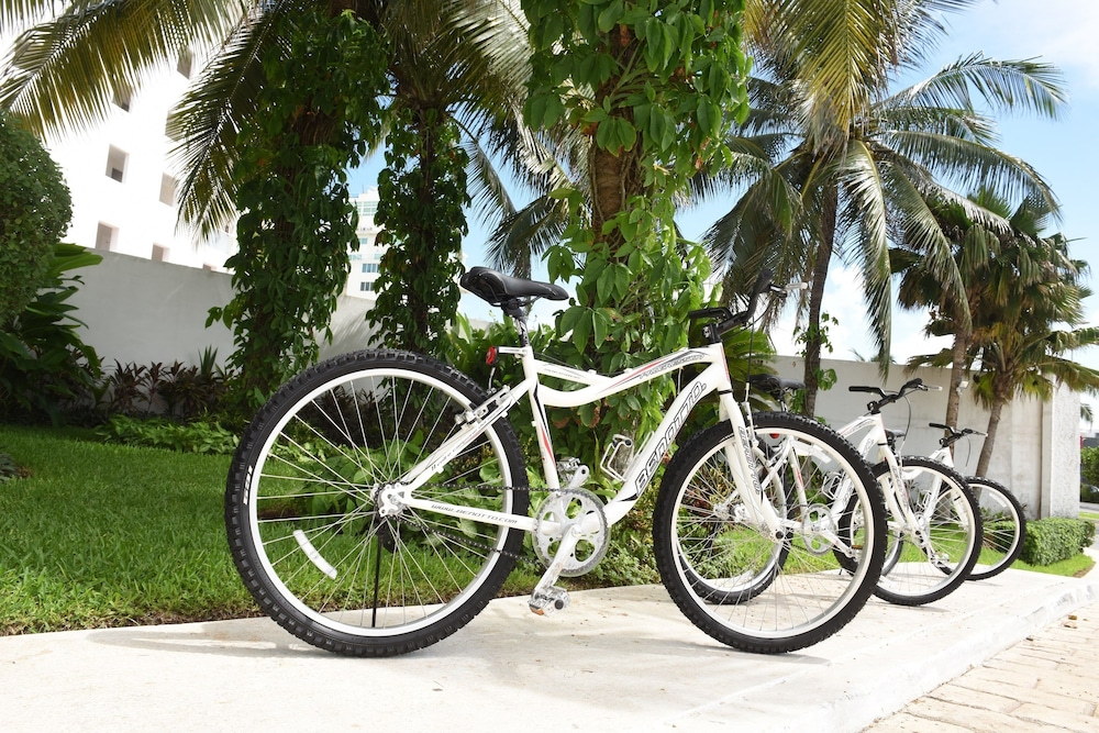 Bicycling, Bel Air Collection Resort & Spa Cancun