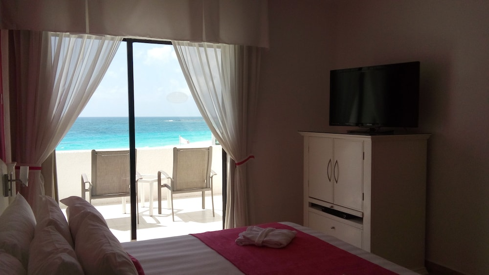 Room, Bel Air Collection Resort & Spa Cancun