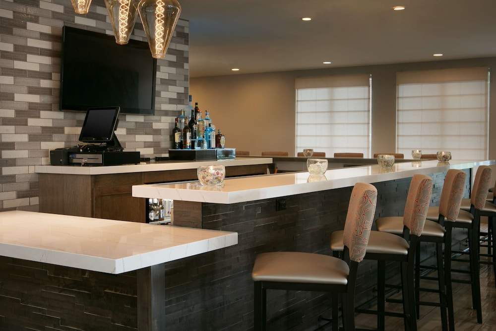 Bar, Hilton Garden Inn Omaha West