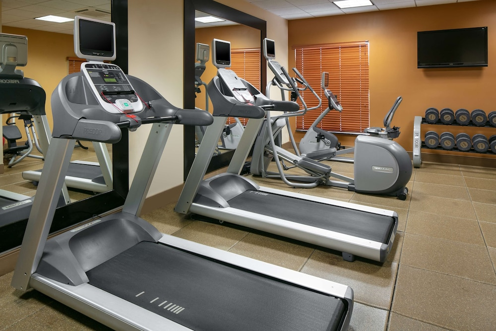 Fitness Facility, Hilton Garden Inn Omaha West