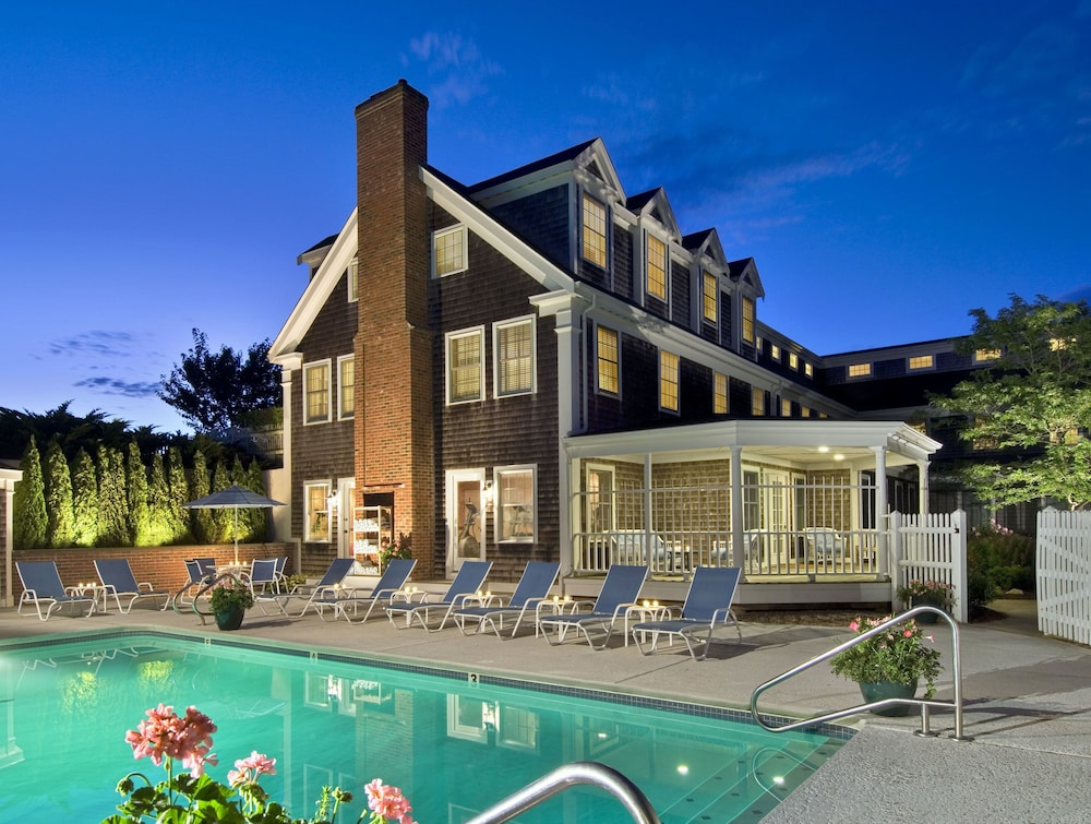 Featured Image, Chatham Wayside Inn