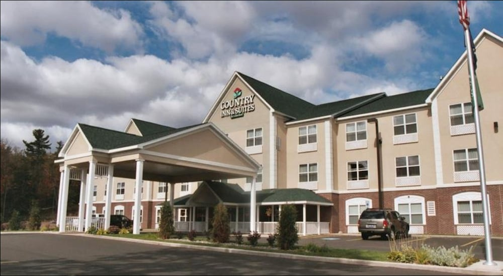 Exterior, Country Inn & Suites by Radisson, Marquette, MI