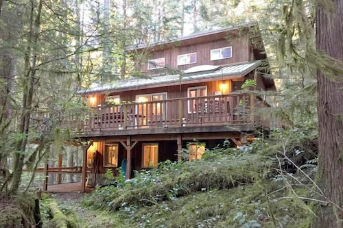 Mt baker lodging 2017 room prices deals reviews expedia for Mount baker cabins