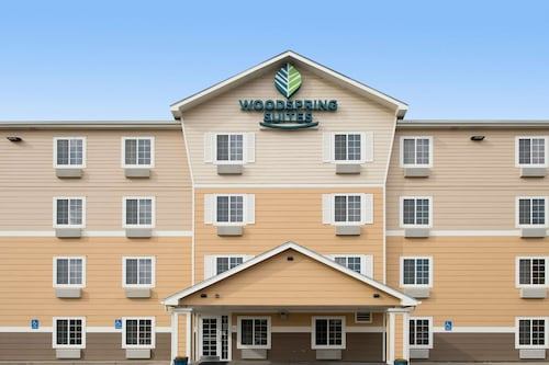 WoodSpring Suites Wichita Airport
