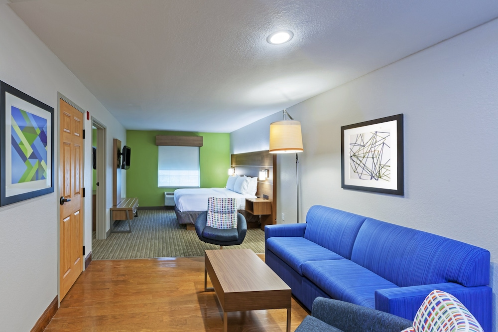 Room, Holiday Inn Express Tulsa S Broken Arrow Hwy 51