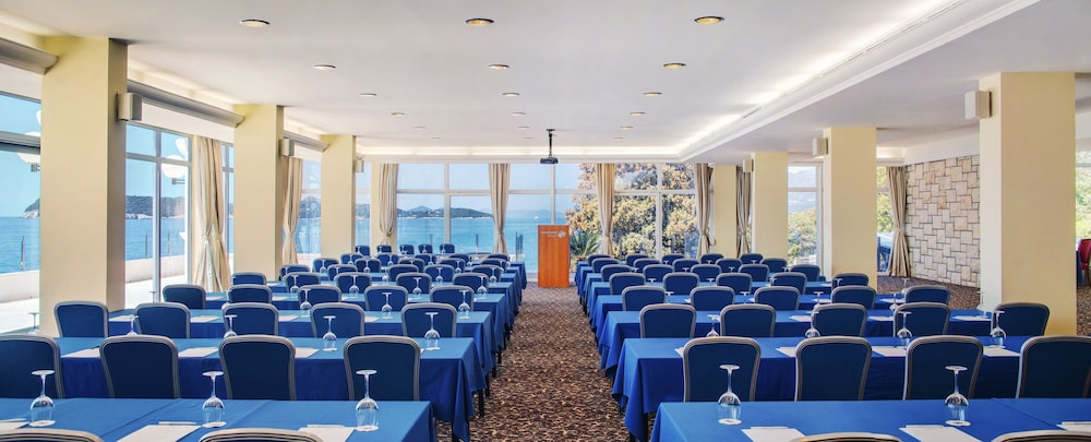 Meeting Facility, Hotel Royal Neptun