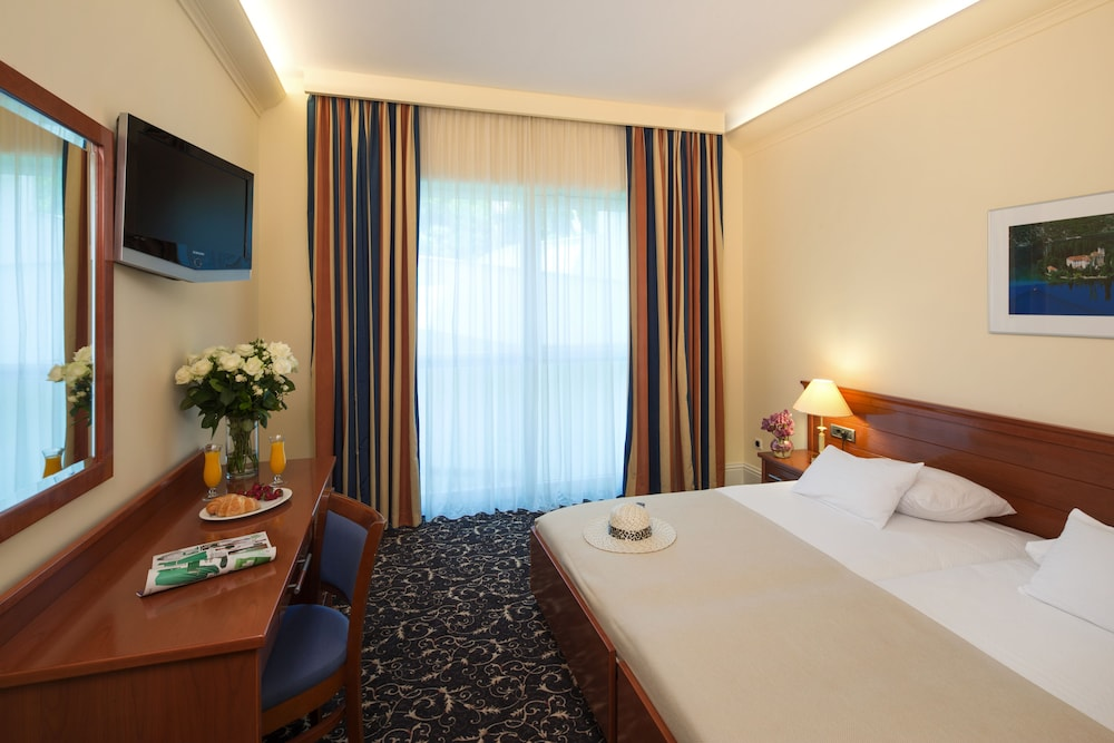 Room, Hotel Royal Neptun