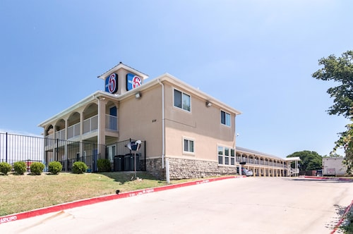 Great Place to stay Motel 6 Azle, TX near Azle