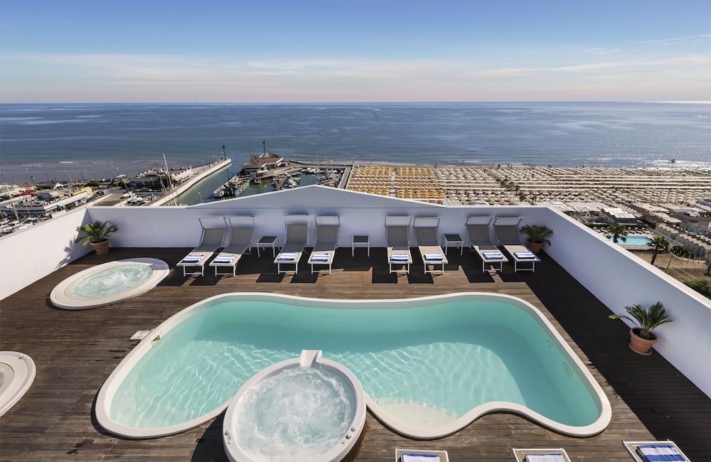 Hotel Nautico (Riccione) - 2018 Hotel Prices | Expedia