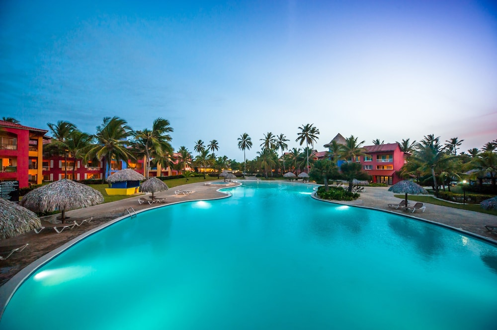 Outdoor Pool,  Caribe Deluxe Princess Beach Resort & Spa