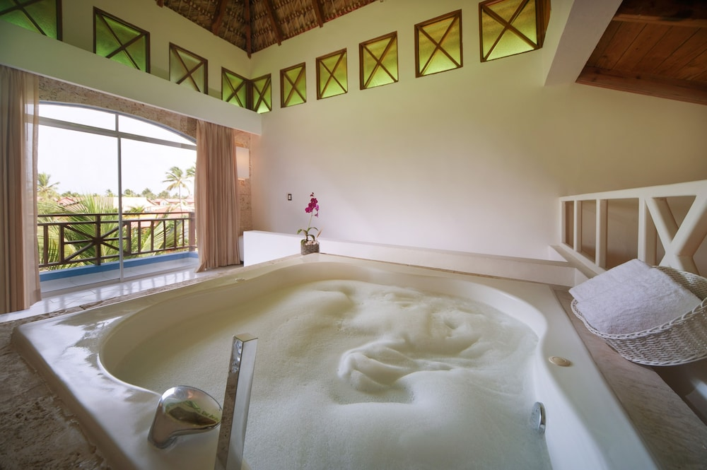Indoor Spa Tub,  Caribe Deluxe Princess Beach Resort & Spa
