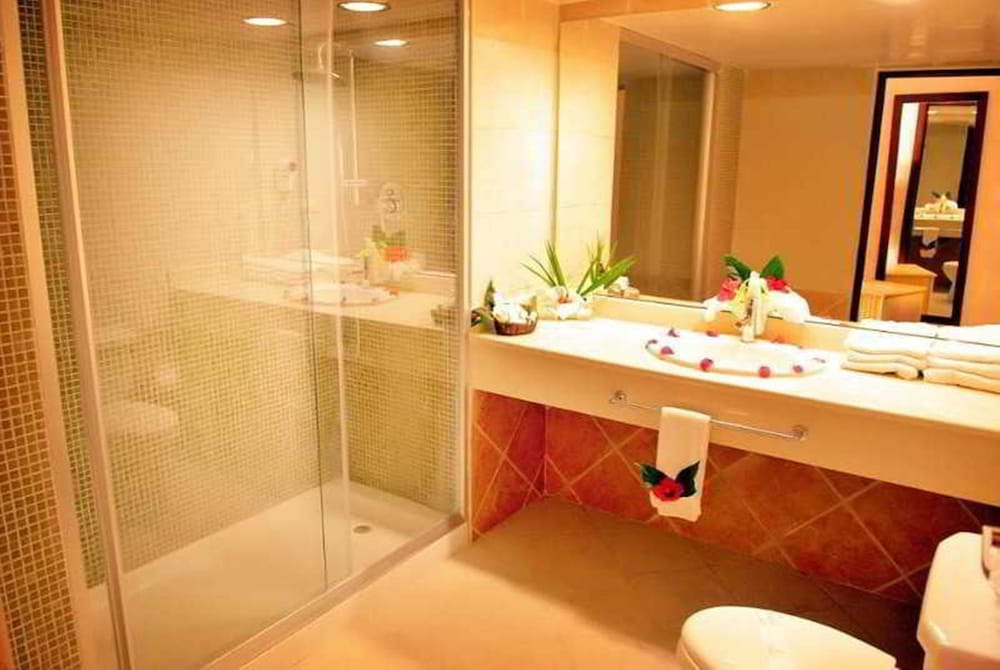 Bathroom,  Caribe Deluxe Princess Beach Resort & Spa