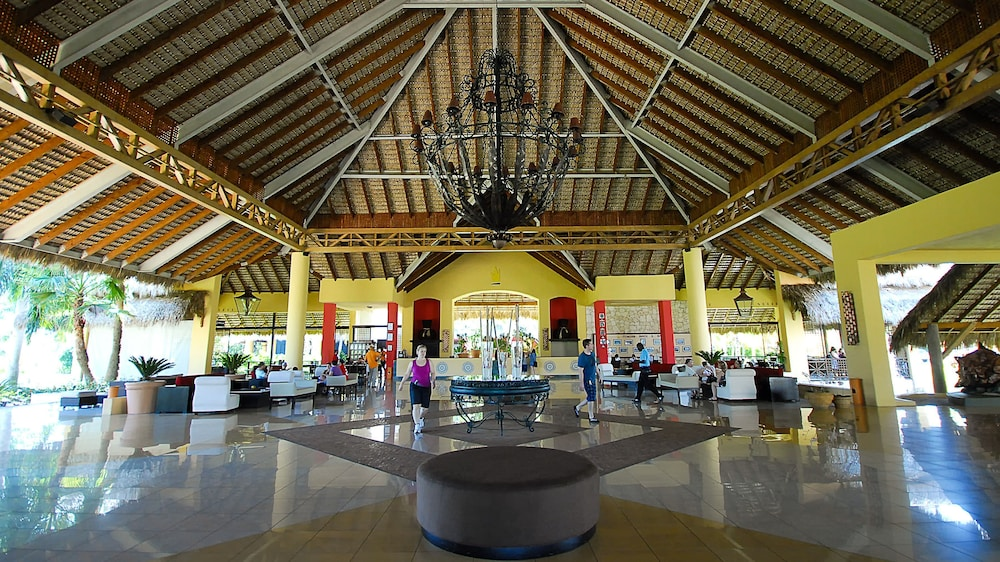 Caribe Club Princess Beach Resort Spa All Inclusive 3 5 Van 0 Bovenaanzicht Hoofdafbeelding Lobby