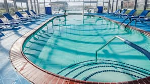 Piscina interna, piscina externa