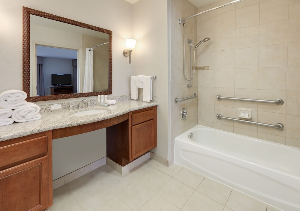 Bathroom, Homewood Suites by Hilton Houston Stafford Sugar Land