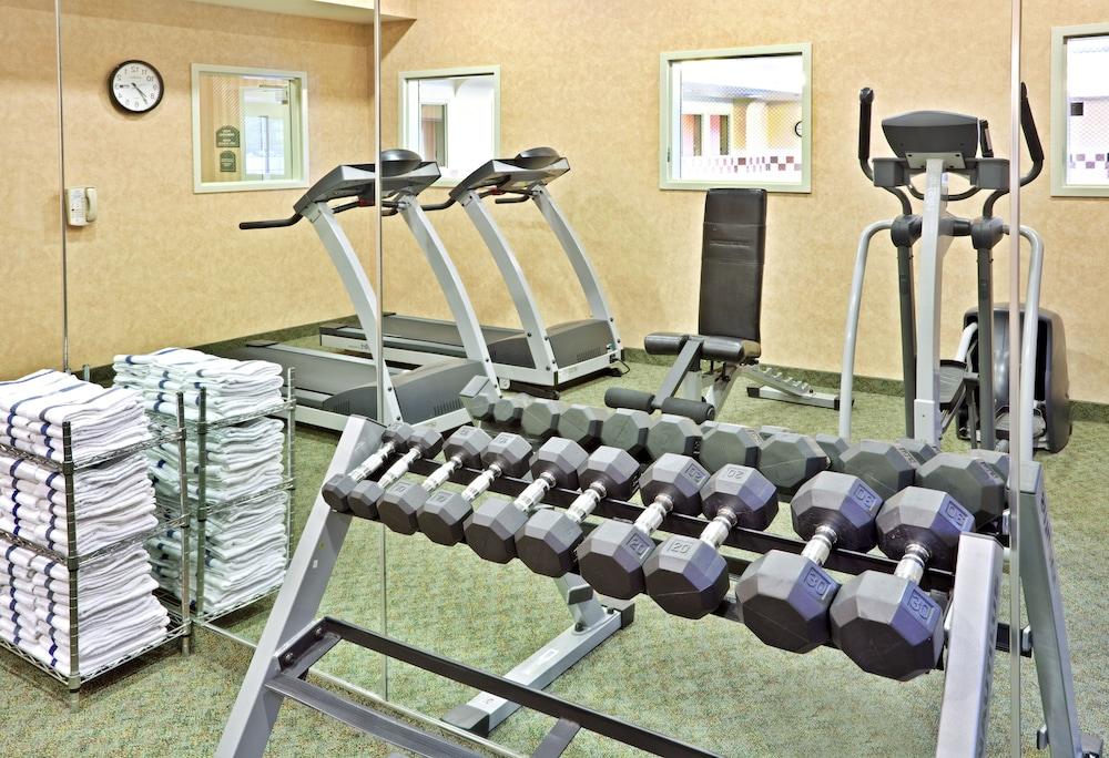 Fitness Facility, Holiday Inn Express Hotel & Suites Cheney-University Area, an IHG Hotel