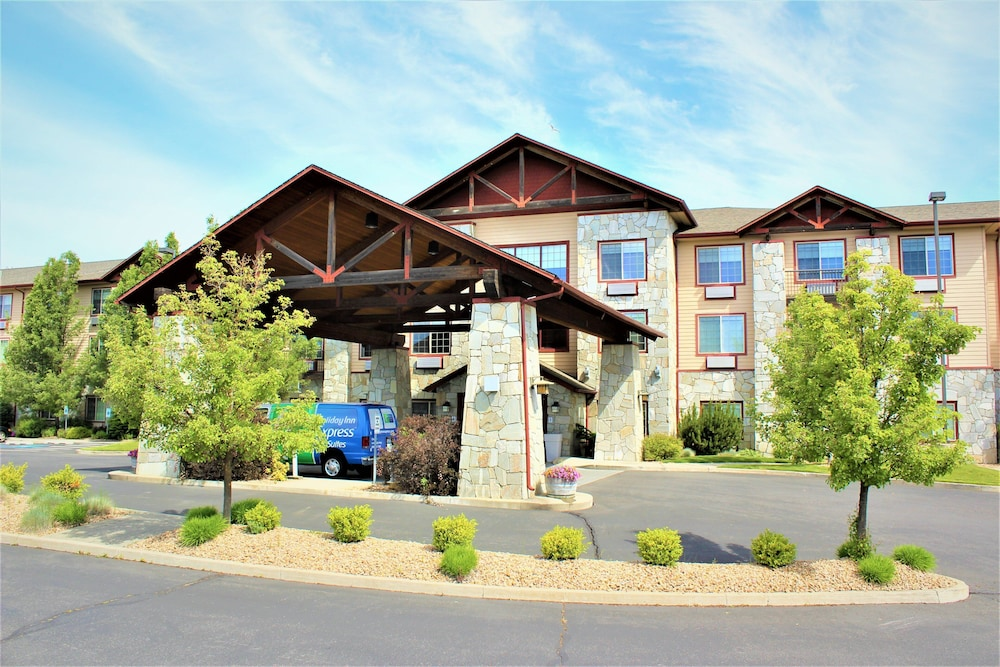 Exterior, Holiday Inn Express Hotel & Suites Cheney-University Area, an IHG Hotel