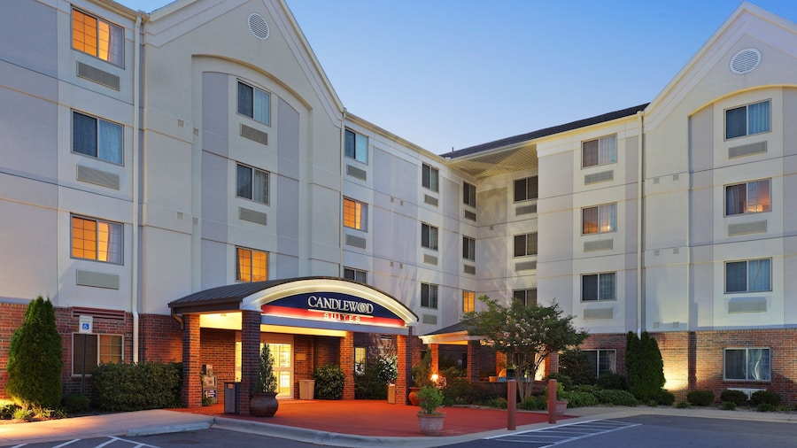 Candlewood Suites West Little Rock, an IHG Hotel