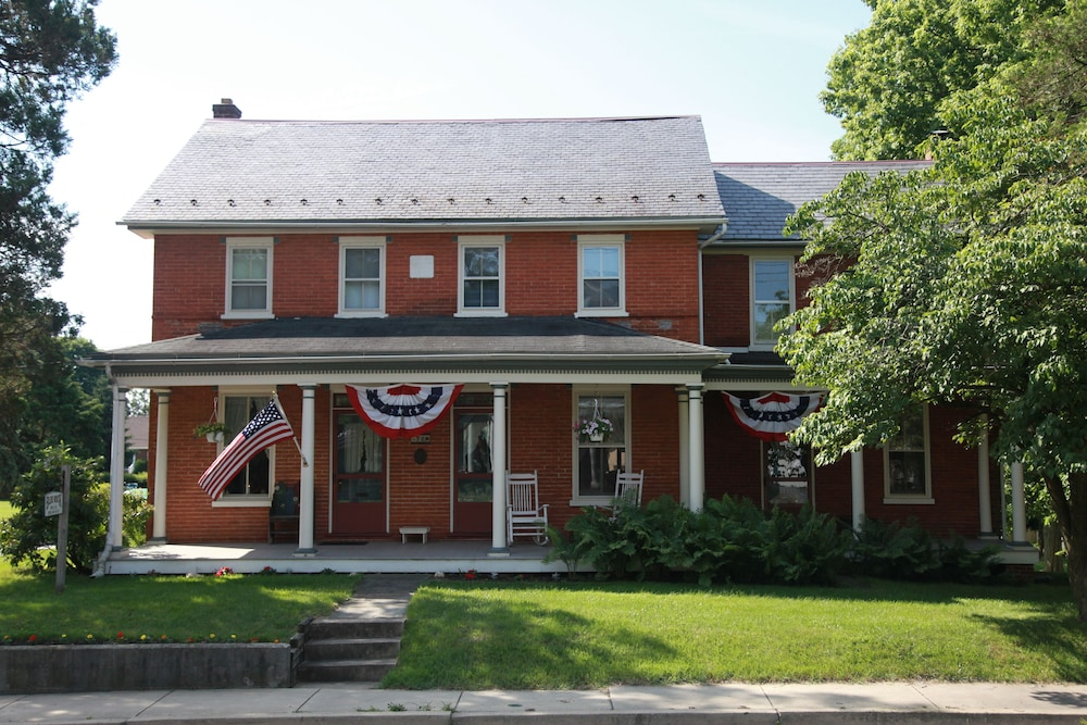 Blue Rock Bed And Breakfast: 2019 Room Prices $128, Deals ...