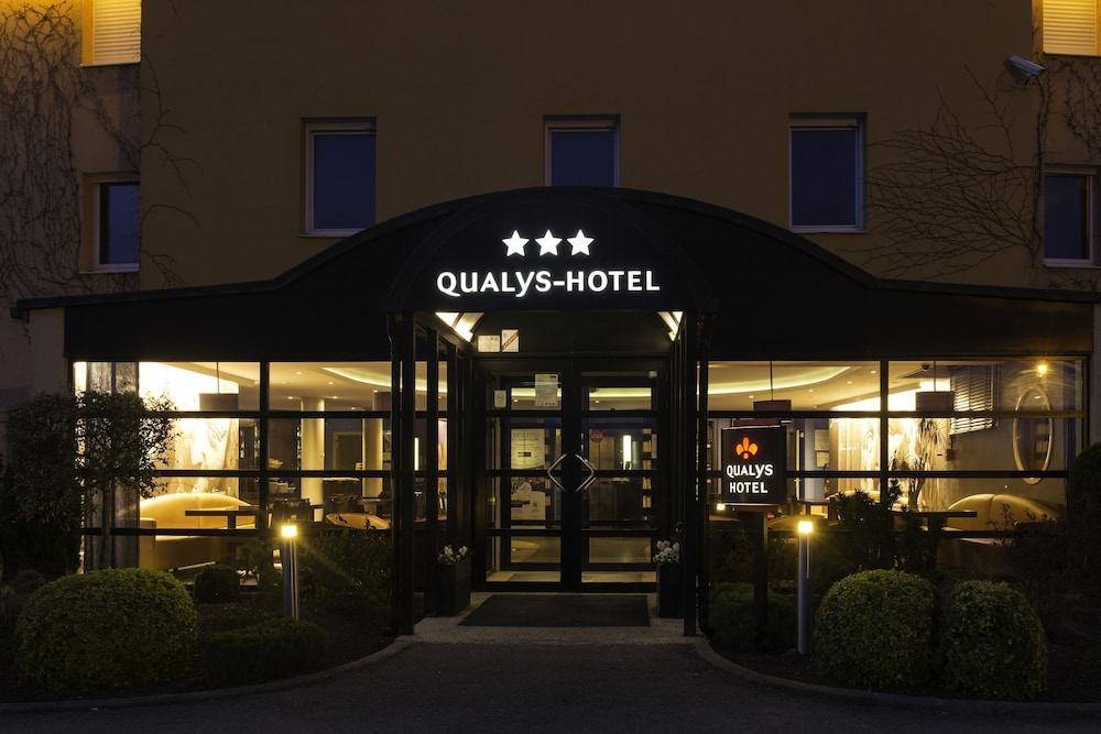 Qualys hotel reims tinqueux reviews photos rates for Hotels reims