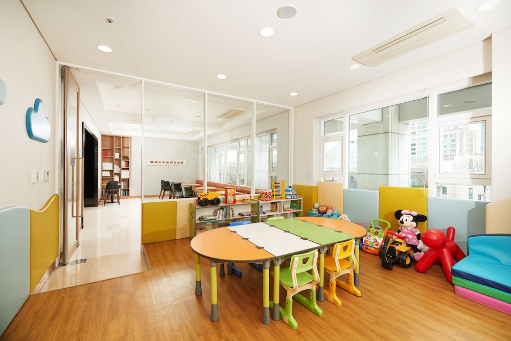 Children's Play Area - Indoor, Fraser Place Central Seoul